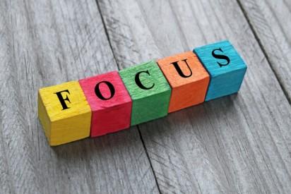 Focus gaining strategies