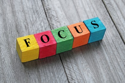 Focus gaining strategies